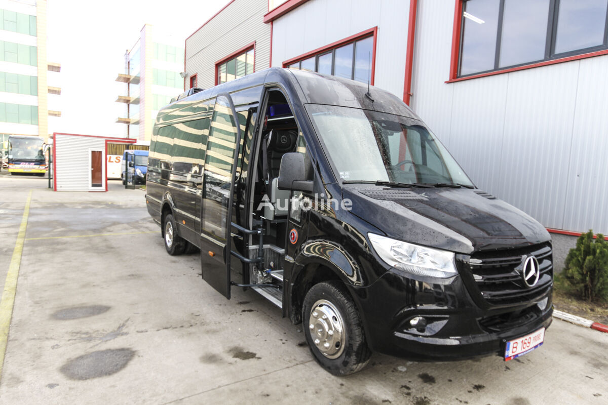 new MERCEDES-BENZ Sprinter 519  *COC*5500 kg* Ready for Delivery passenger van