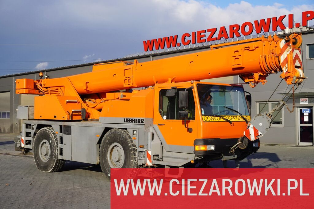 LIEBHERR LTM 1030-2.1 , 4x4x4 , max 30m - 35t , auto-greasing joystick ,  mobile crane