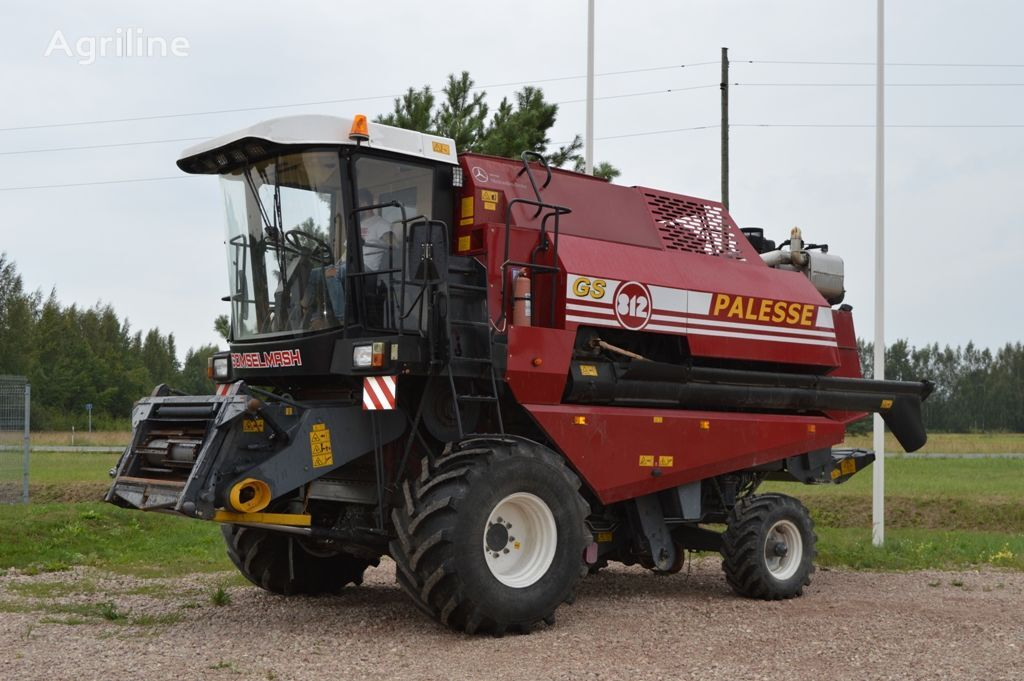 GOMSELMASH Palesse GS812 combine-harvester